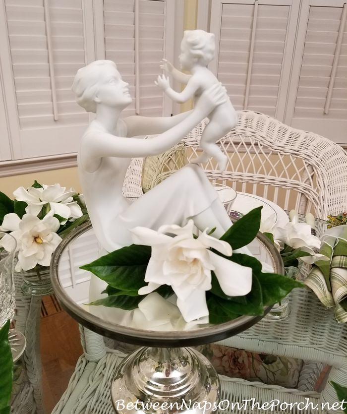 Mother and Child, Kaiser Porcelain