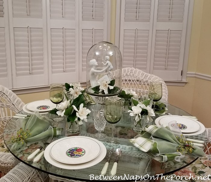 Spring Table, Gardenias, Wedgwood Etruria, Kaiser Porcelain