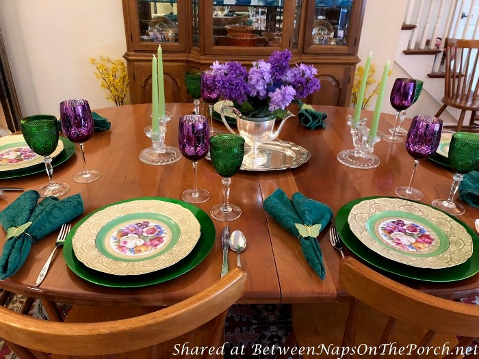 Spring Table setting with Lilac Centerpiece