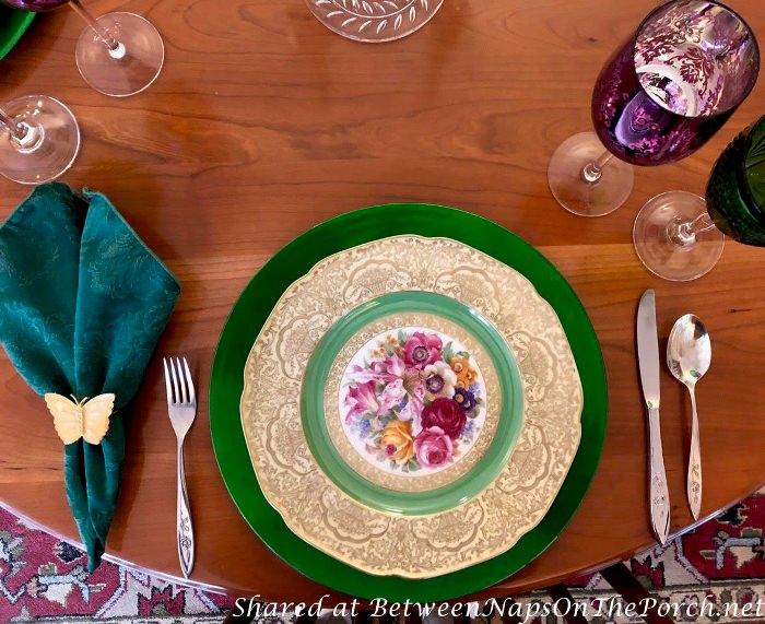Tirschenreuth Dinner Plate, Floral Pattern