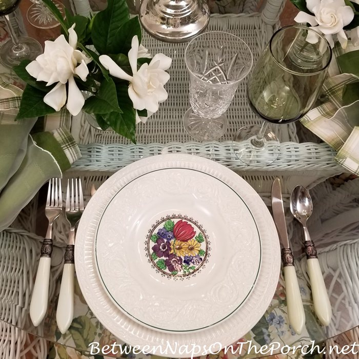 Wedgwood Etruria Salad Plate, England