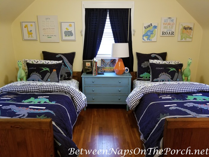 Dinosaur Theme Boy's Bedroom, Pottery Barn Quilts