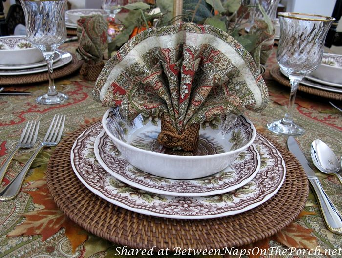 Turkey Napkin Fold for Thanksgiving Fall Dinner