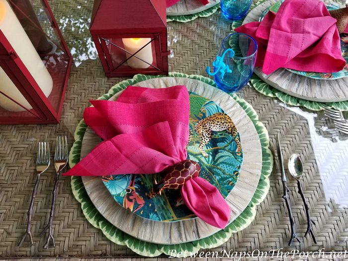 Twig Flatware for a Fun Jungle Safari Outdoor Tablescape