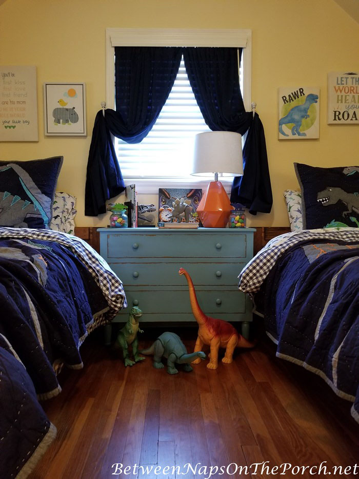 Vintage Dinosaur Toys for a Dinosaur Themed Boy's Bedroom