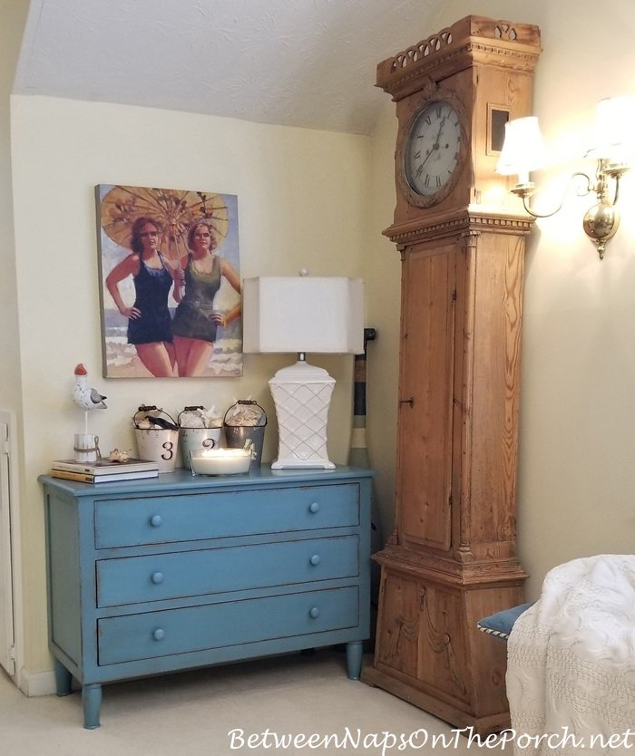 Blue Chest, Nautical Beach Themed Room