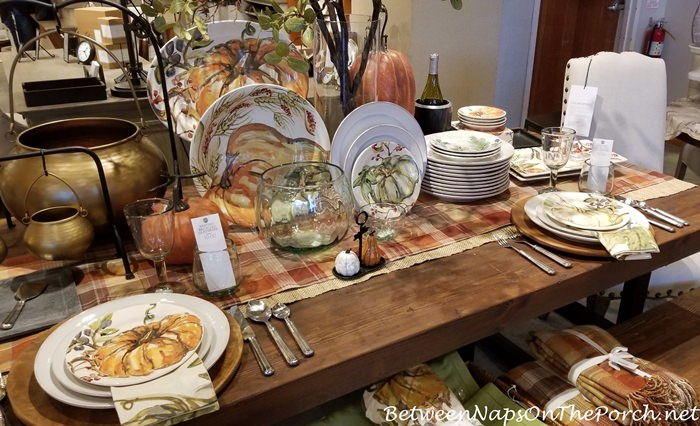 Pumpkin Plates for Halloween and Thanksgiving