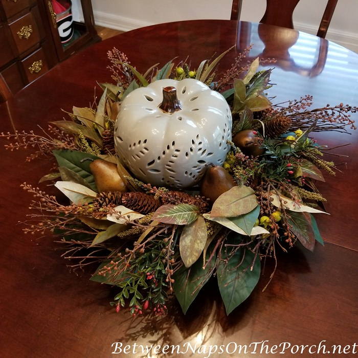 Fall Pumpkin Table Centerpiece