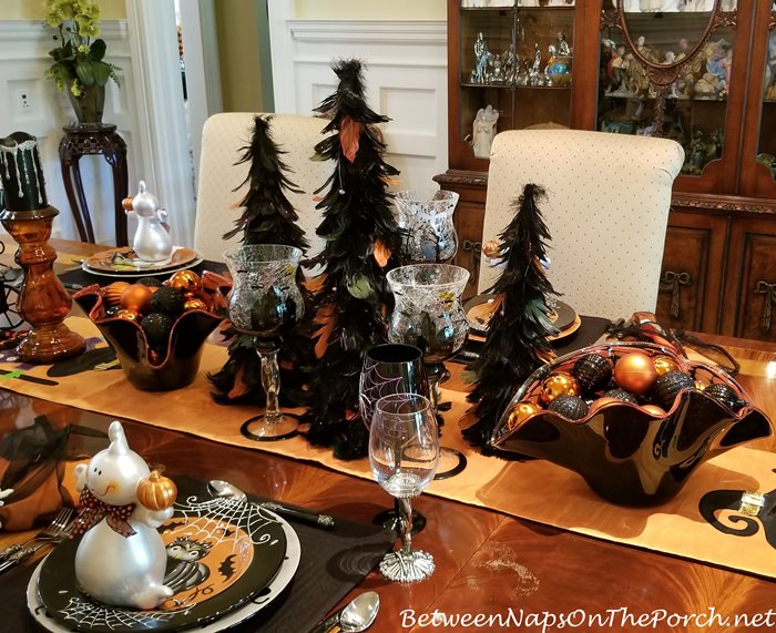 Halloween Table Setting Centerpiece Ideas