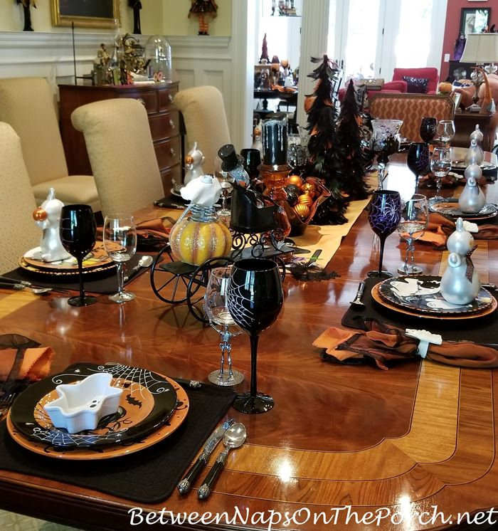 Halloween Table Setting Ideas, 2019