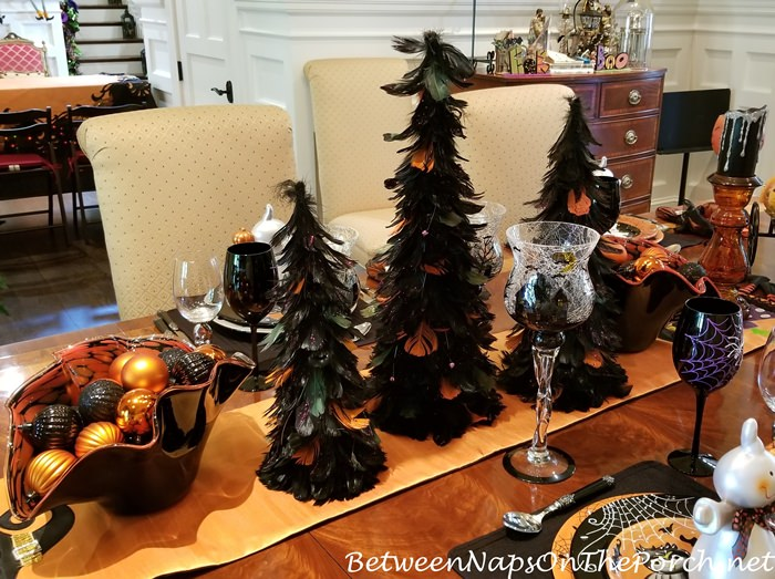 Halloween Tablescape, 2019
