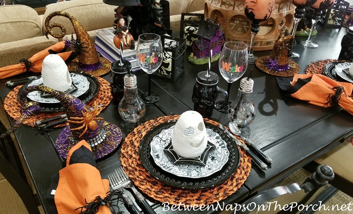 Halloween table in black, orange and white