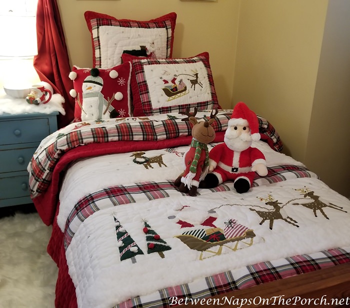 Christmas Bedding with Santa and Reindeer