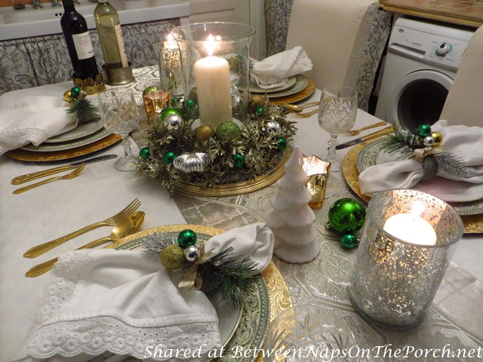 Christmas Table Setting in Green, gold, silver, white