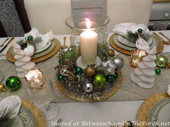 Christmas Table Setting Centerpiece, Green, White, Gold Silver