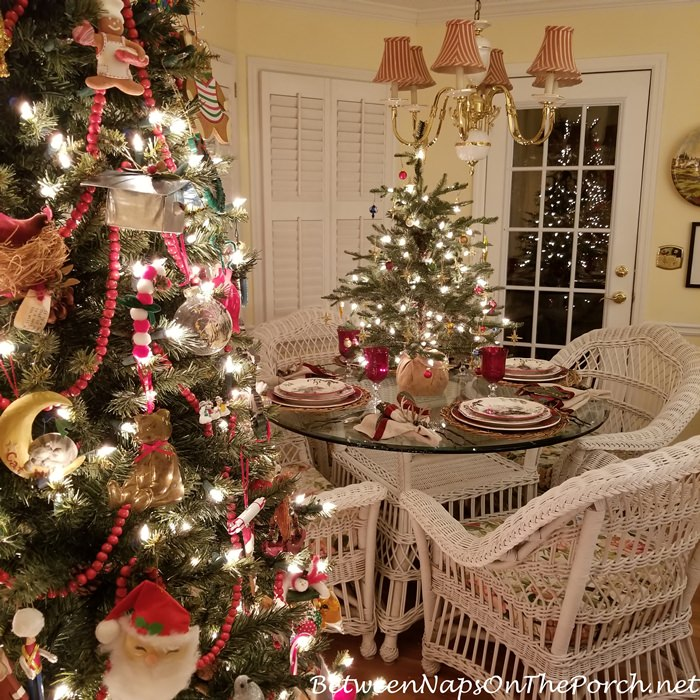 The Christmas Train – Between Naps on the Porch on real life bedroom decorating, bedroom colors home and garden decorating, seventeen bedroom decorating, martha stewart bedroom decorating, better homes and gardens entryway decorating, country home bedroom decorating, better homes gardens room additions,