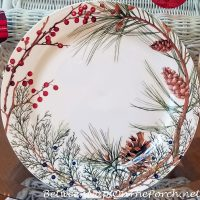 Woodland Berry Charger Plate for Christmas Table