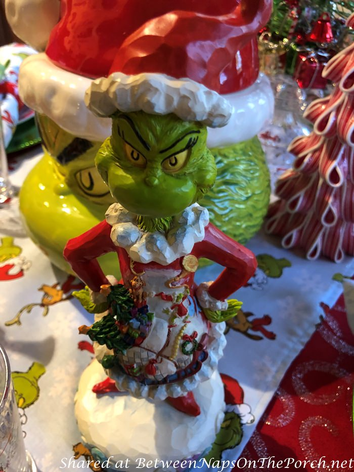 How the Grinch Stole Christmas Table Setting