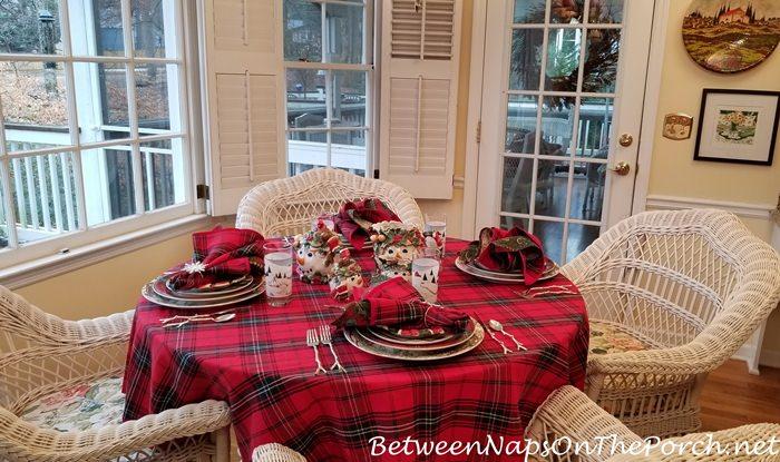 Winter Table Setting, Winter Tablescape Ideas