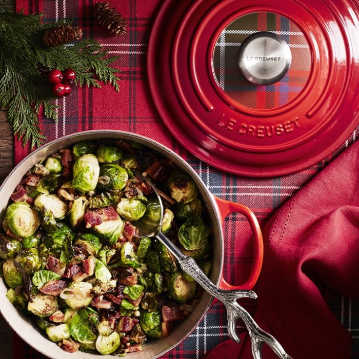 le-creuset-tartan plaid dutch oven