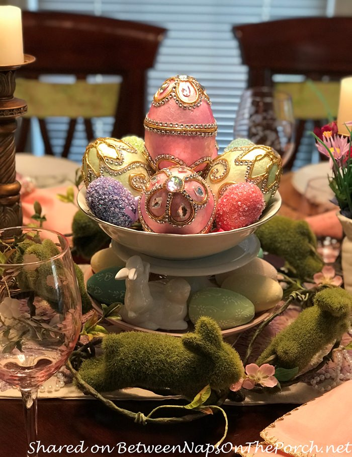 Beautiful Easter Table Centerpiece