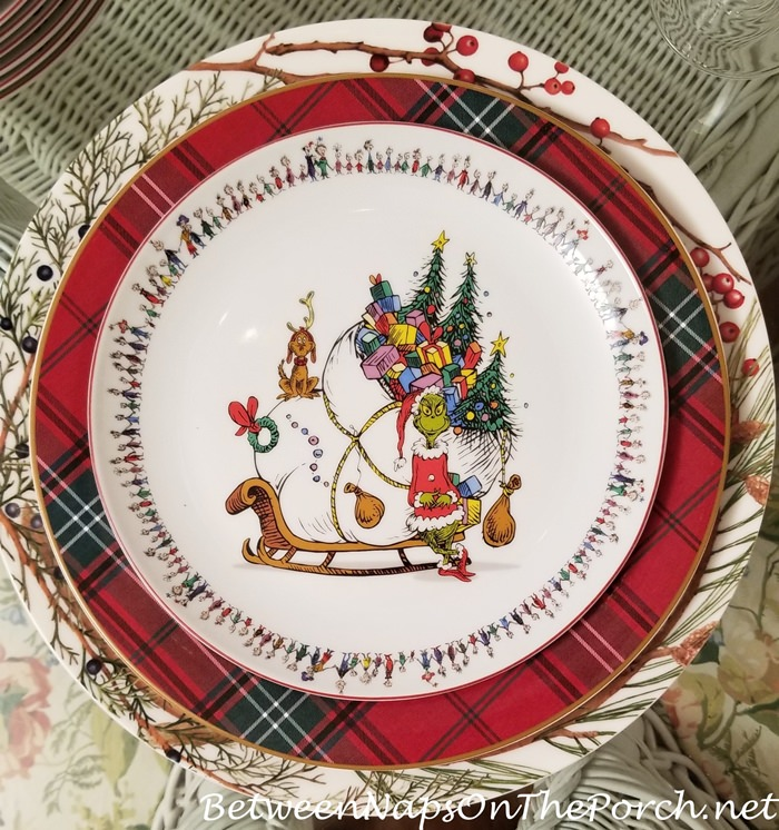 How the Grinch Stole Christmas Plates with Tartan Plaid Chargers