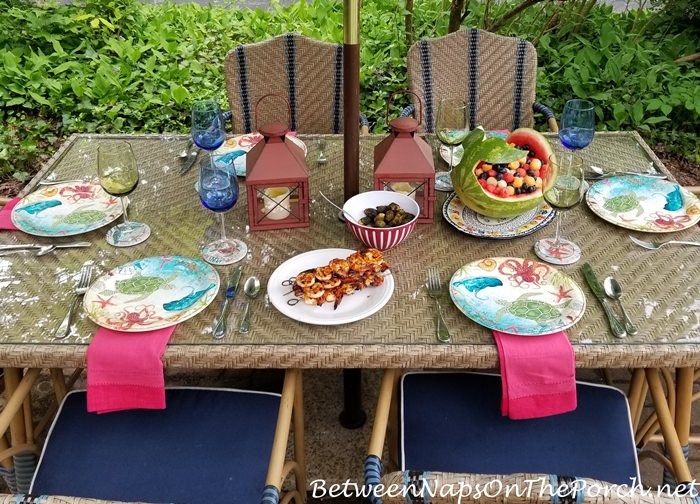 Outdoor Dining Table Setting for Summer
