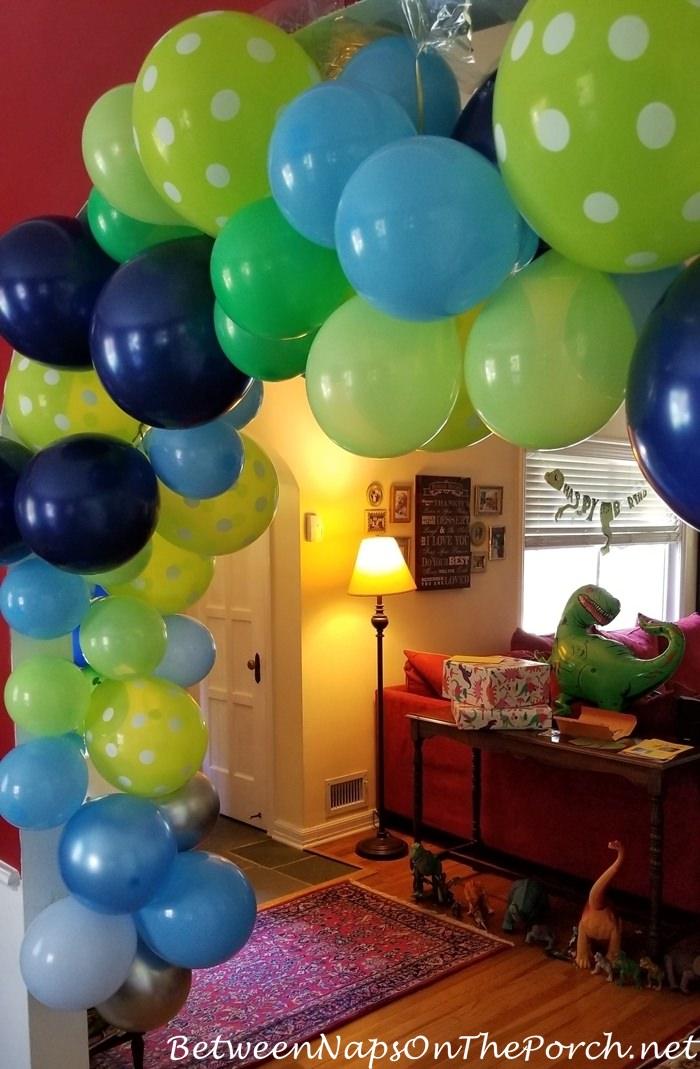 Dinosaur Themed Kid's Birthday Party Decorations