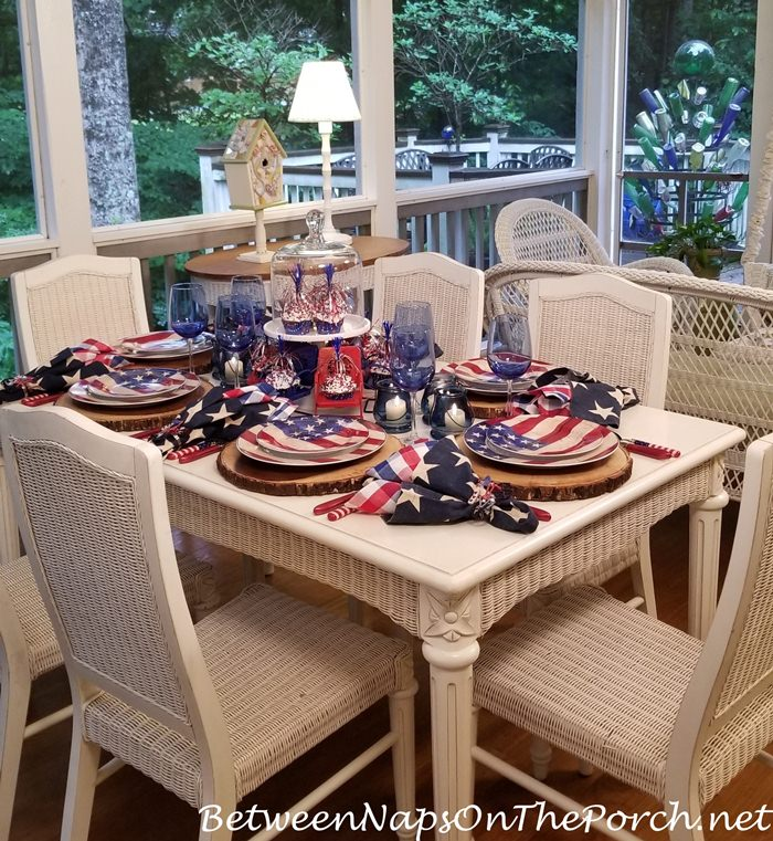 Independence Day Table Setting Tablescape