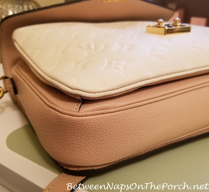 Pochette Metis after cleaning corners of bag