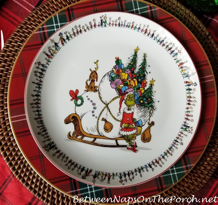 Grinch Christmas Plates, Adorable