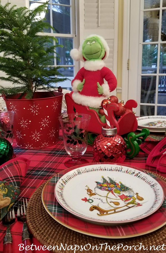 How the Grinch Stole Christmas Holiday Table