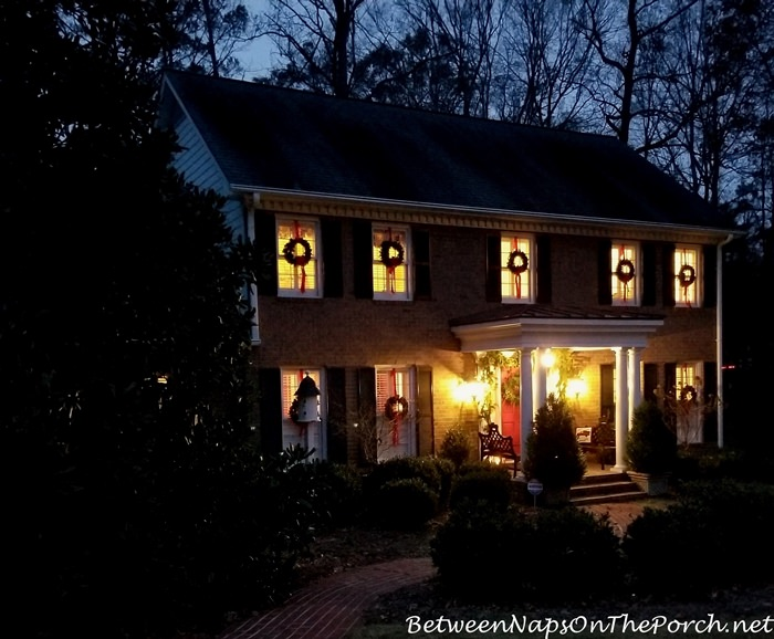 Decorate Exterior Windows with Wreaths for Christmas