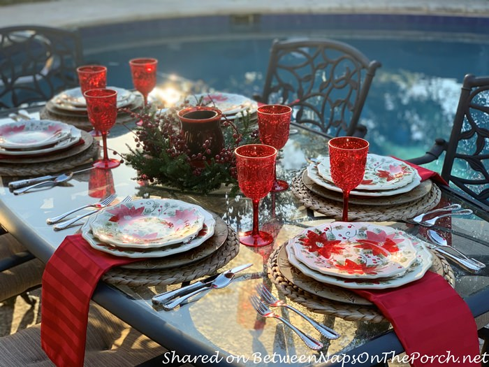 Dine Poolside for Christmas