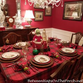Plaid Tablecloth for Christmas, Grinch Table Setting