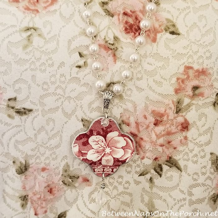 Spode Copeland Tower Necklace from Broken China