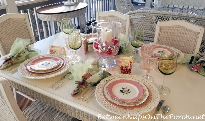 Pink for Valentine's Day, Table Setting