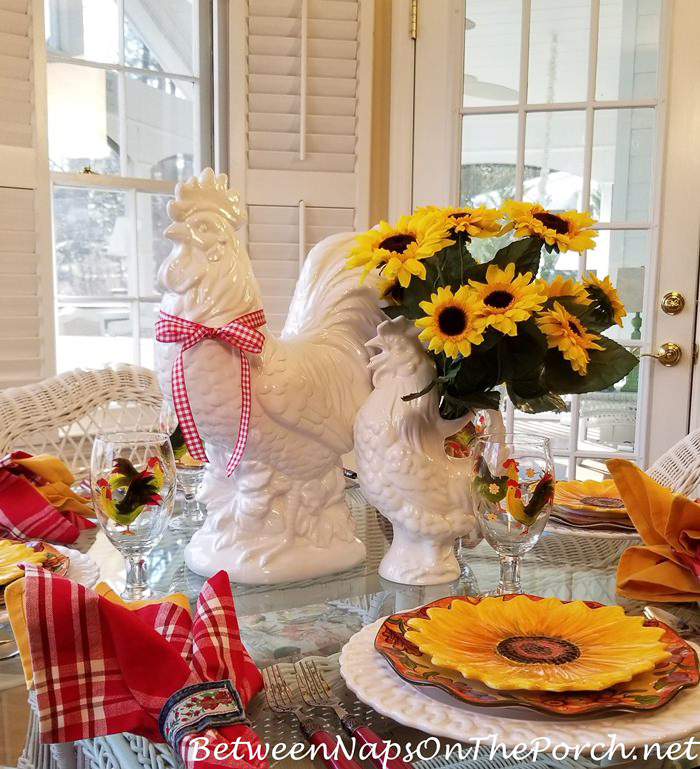 Sunflower Table Setting, Rooster Centerpiece