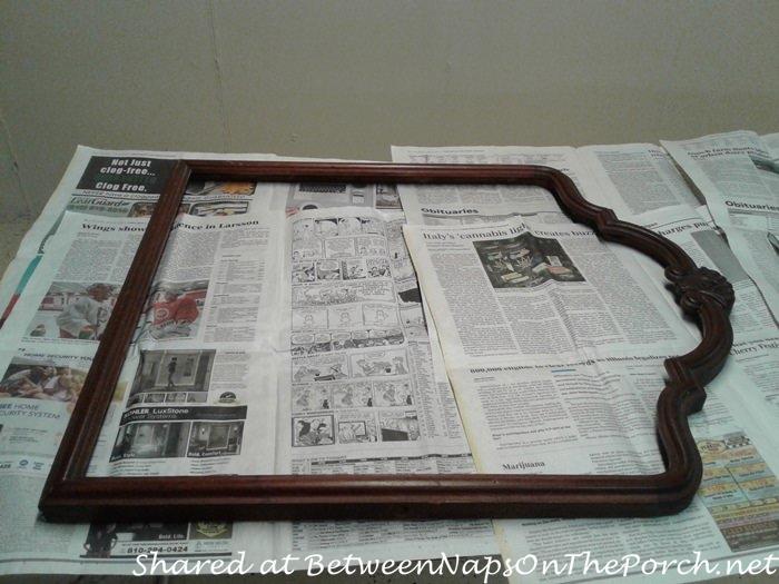 Mirror Makeover into Bulletin Picture Board