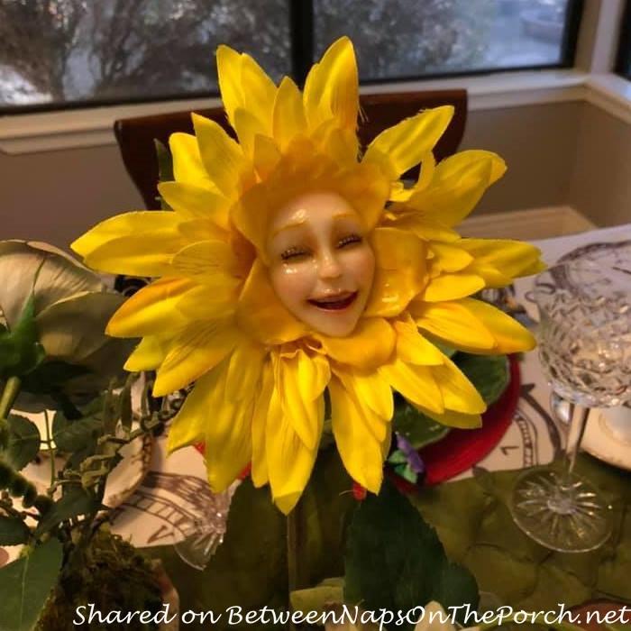 Alice in Wonderland Talking Flower, Tickled Tink