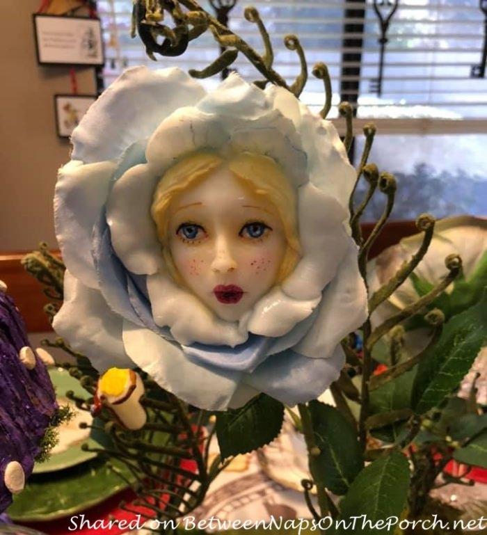 Alice in Wonderland Talking Flower
