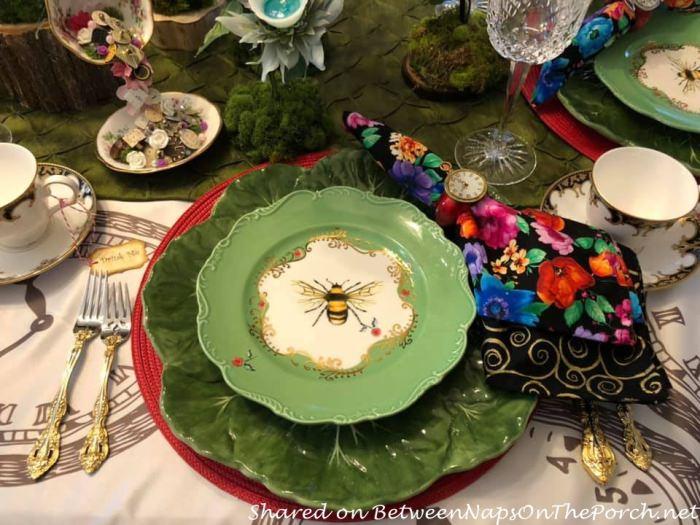 Bee Salad Plates, Green Bee Plates