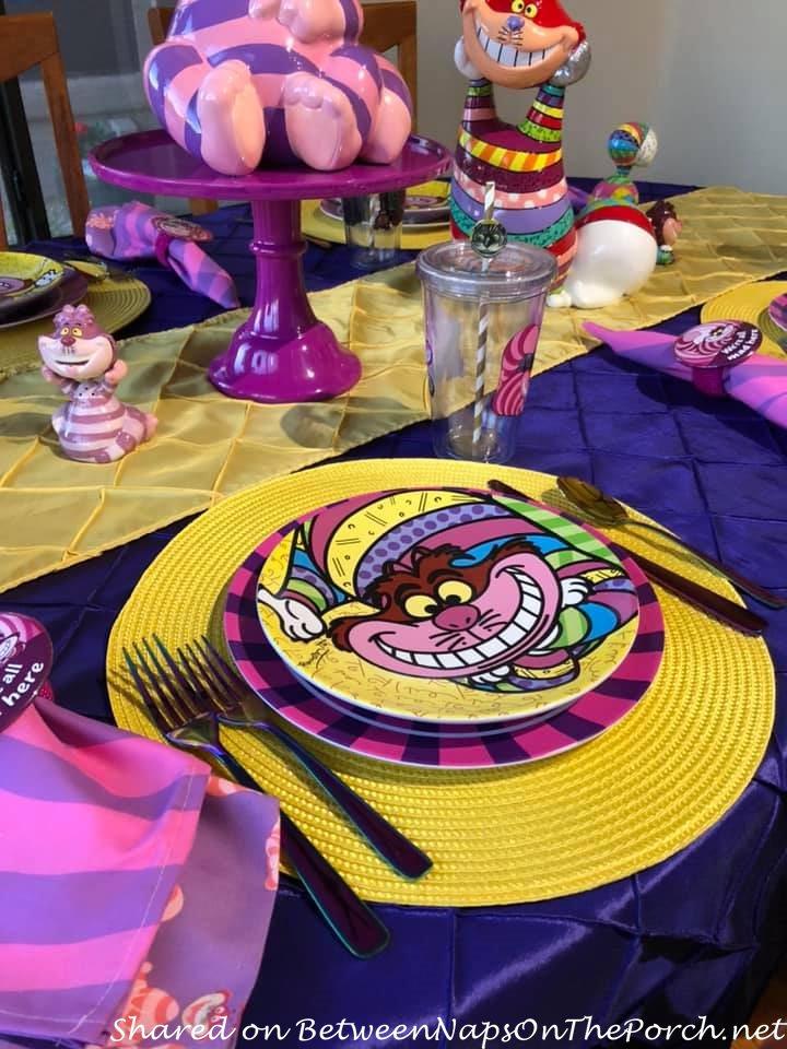 Cheshire Cat Plates for Children, Alice in Wonderland Table for Children