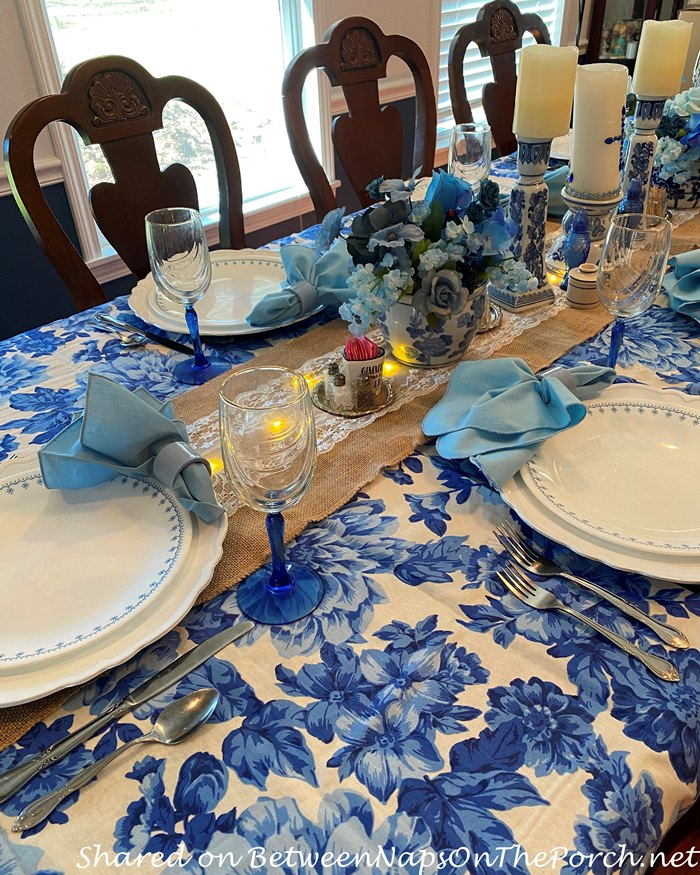 Pioneer Woman Tablecloth, Blue and White Floral