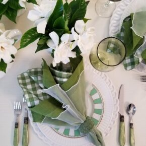 Spring Table in Green and White
