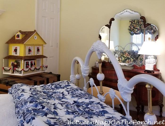 Antique Dresser, Yellow Dollhouse