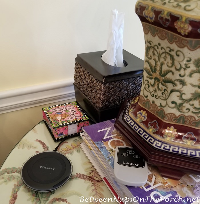 Beautiful Tissue Holder for Traditional Decor