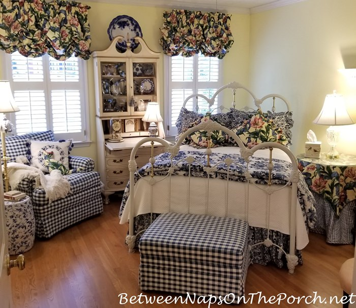 Blue and White Bedding for Guest Room