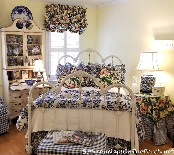 Guest Room in Blue & White
