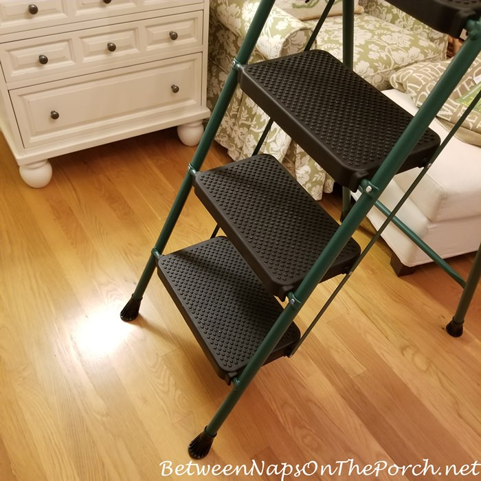 Stepladder with Wide Steps for Safety